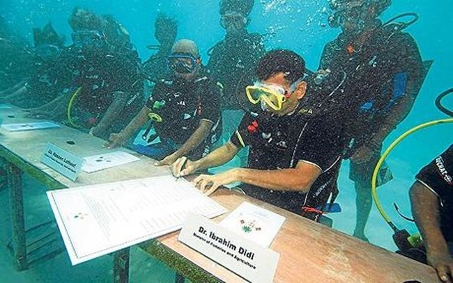 Самые загадочные и странные подводные находки — 15 фото