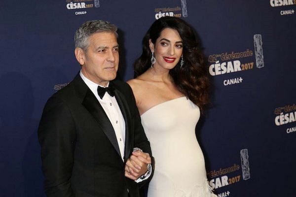 Двойняшки Джорджа и Амаль Клуни устроили переполох в Лондоне