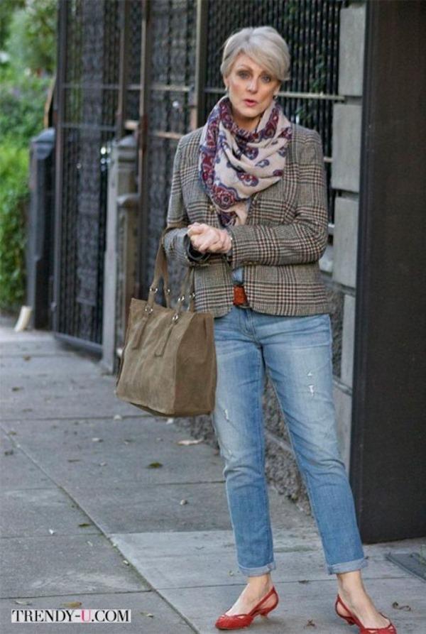 Мода после 50: как носить джинсы женщине элегантного возраста?