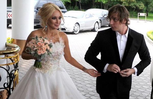 Кадры со свадеб российских звёзд, которые вы точно еще не видели!