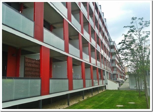 """По-немецки: Как в Германии преображают советские """"панельки"""", до и после реновации"""