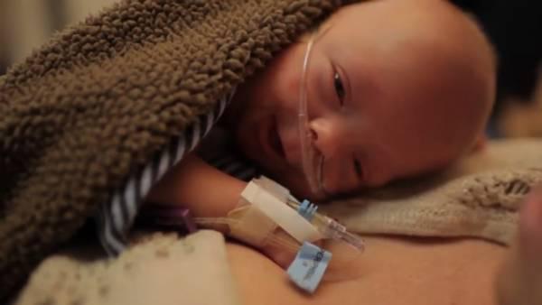 Современные технологии и материнская любовь помогли спасти недоношенного малыша