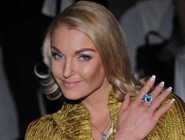 Радостная новость от Анастасии Волочковой: королеве шпагата сделали предложение руки и сердца