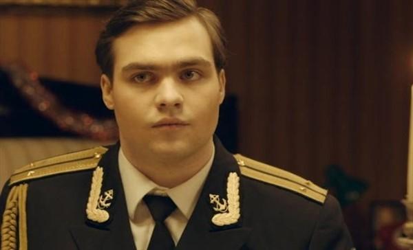 26-летний сын Михаила Ефремова без памяти влюбился и собирается жениться