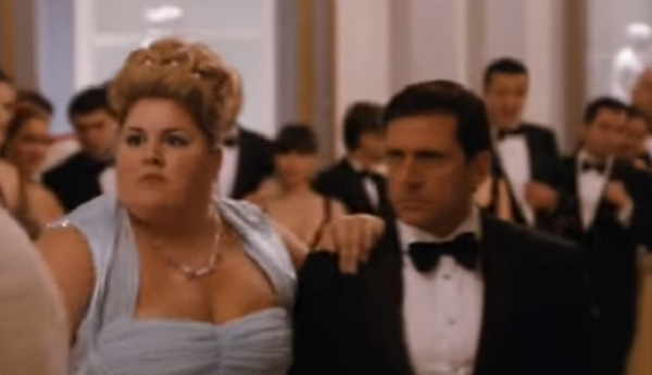 Он пригласил на танец самую аппетитную даму, все смеялись, а потом… Это нечто!