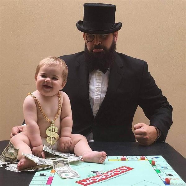 Отец-молодец делает забавные тематические фото со своей маленькой дочуркой, и они слишком очаровательны, чтобы не растрогать вас